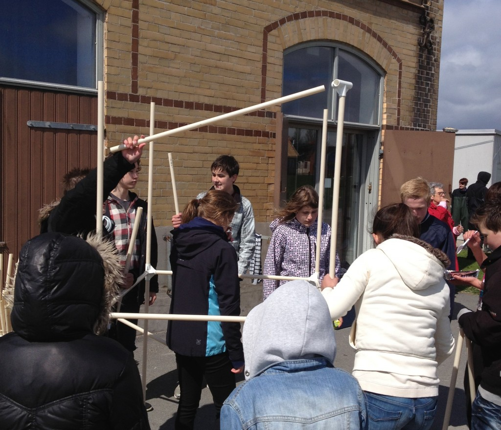 Kunskapsskolan Landskrona bygger med Vattenhallens rör, Havsresan 2013